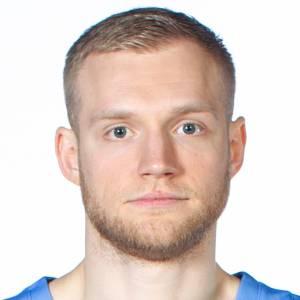 Denis Zakharov