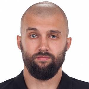 Damian Janiak