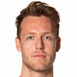 Nicholas Spires