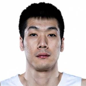 Junfei Ren