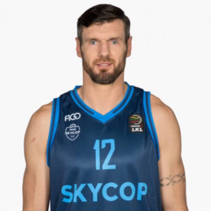 Photo of Ksystof Lavrinovic, 2018-2019 season