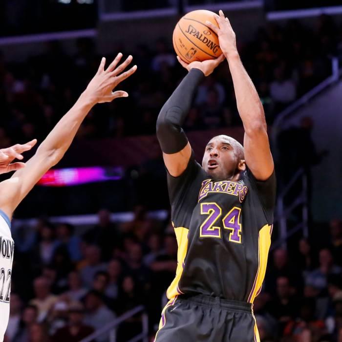 Photo of Kobe Bryant, 2014-2015 season