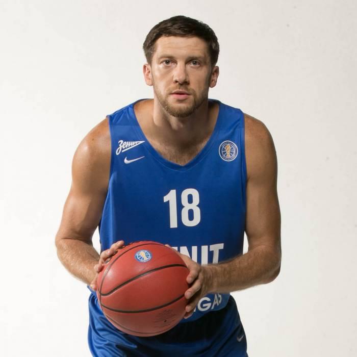 Photo de Evgeny Voronov, saison 2018-2019