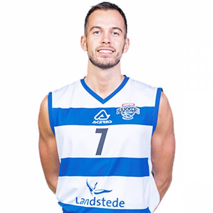 Photo of Nigel Van Oostrum, 2019-2020 season