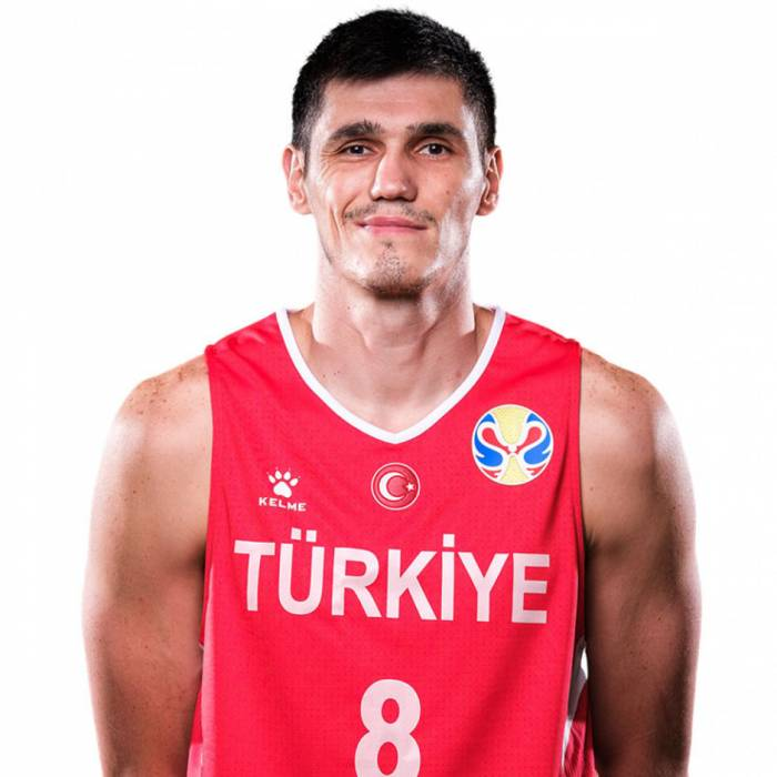 Photo of Ersan Ilyasova, 2019-2020 season