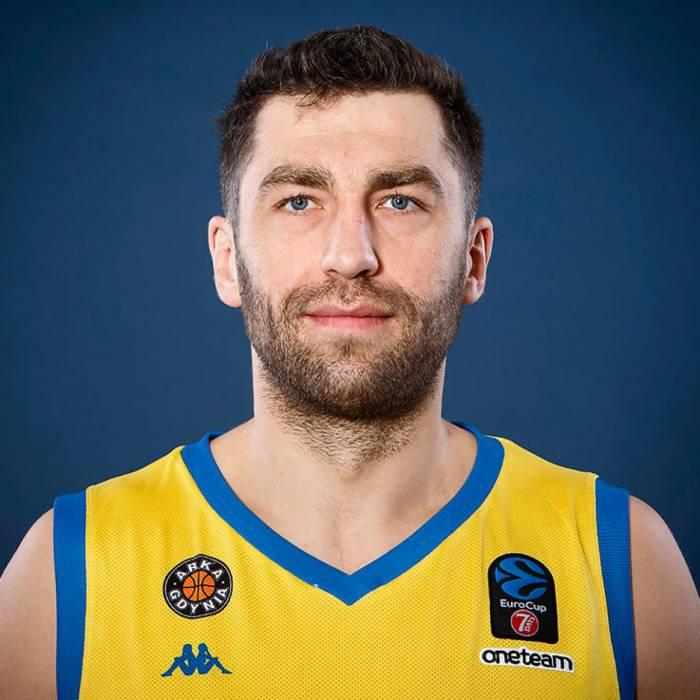 Photo de Adam Hrycaniuk, saison 2019-2020