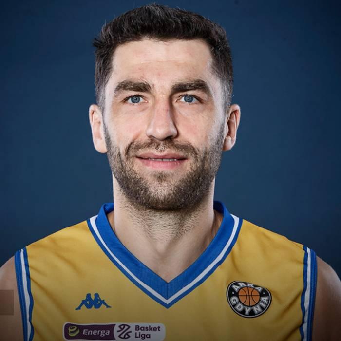 Photo de Adam Hrycaniuk, saison 2020-2021