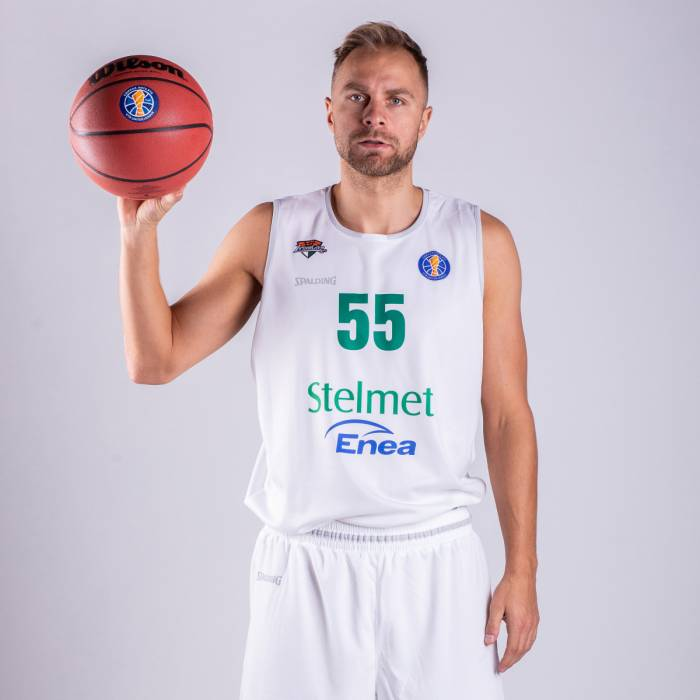 Photo of Lukasz Koszarek, 2019-2020 season