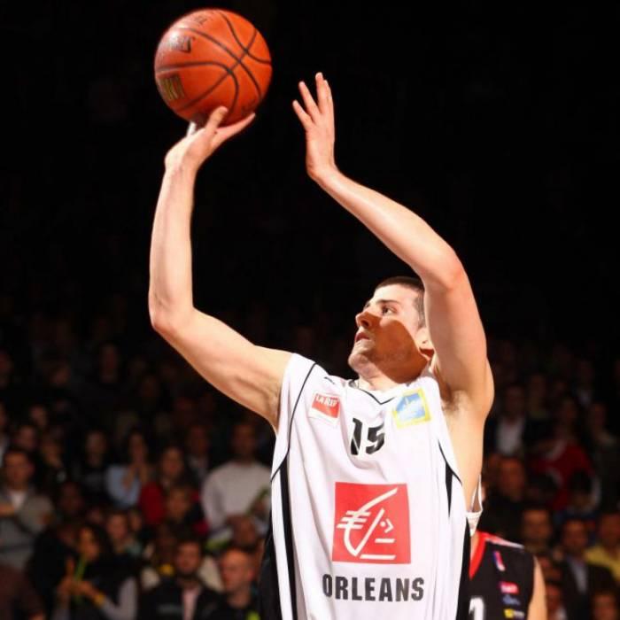 Photo of Adrien Moerman, 2008-2009 season