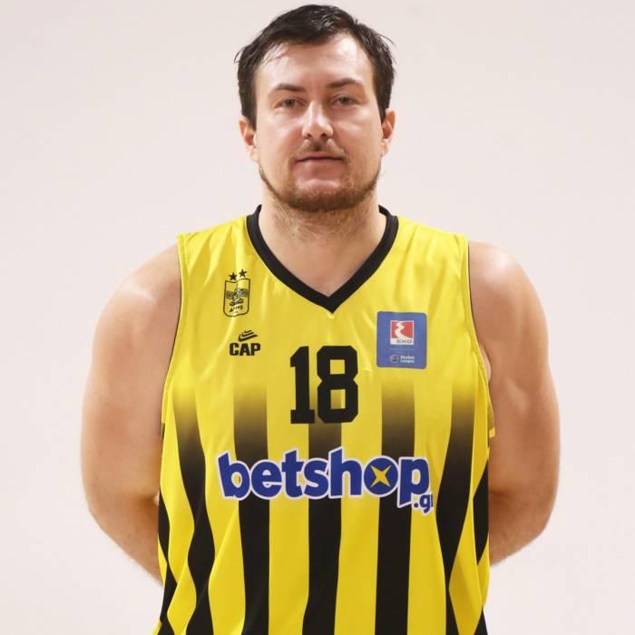 Photo of Vladimir Dragicevic, 2019-2020 season