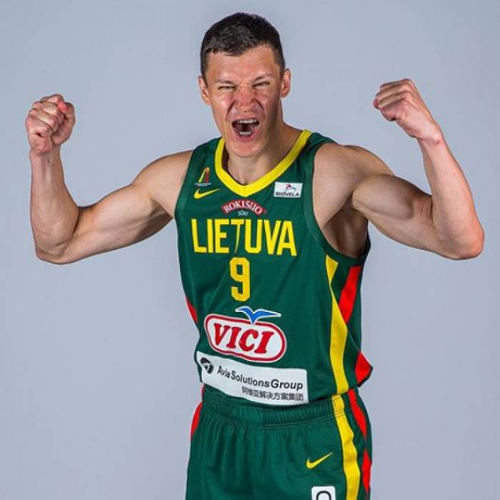 Photo of Zygimantas Janavicius, 2019-2020 season