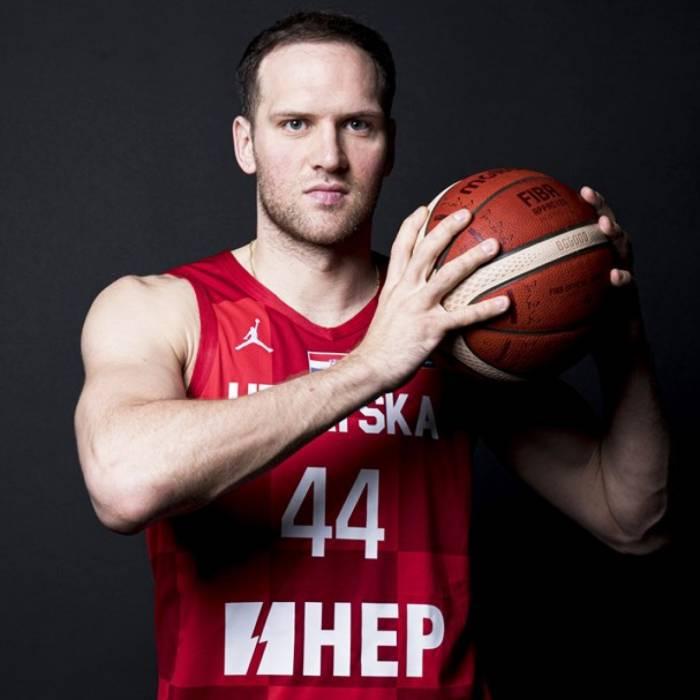 Photo de Bojan Bogdanovic, saison 2021-2022