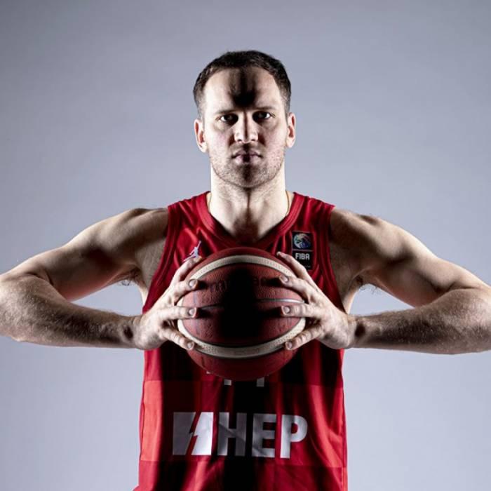 Photo of Bojan Bogdanovic, 2021-2022 season