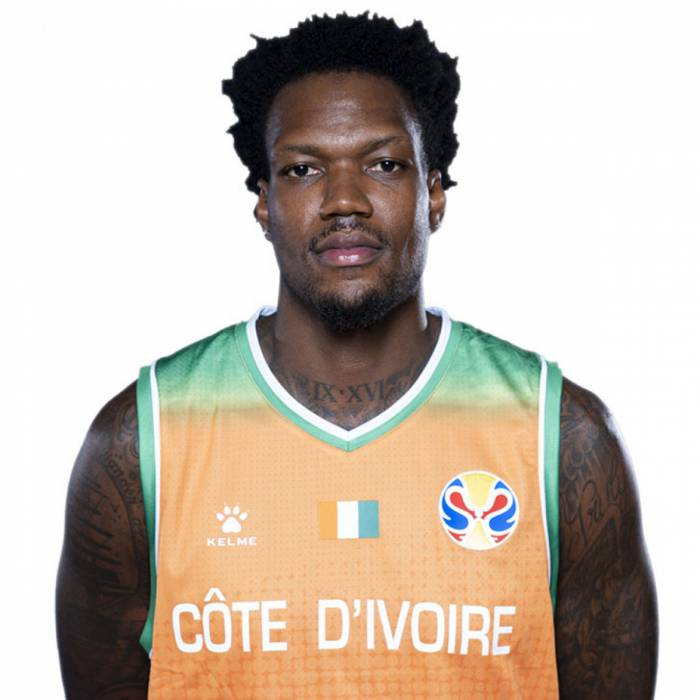 Photo de Deon Thompson, saison 2019-2020