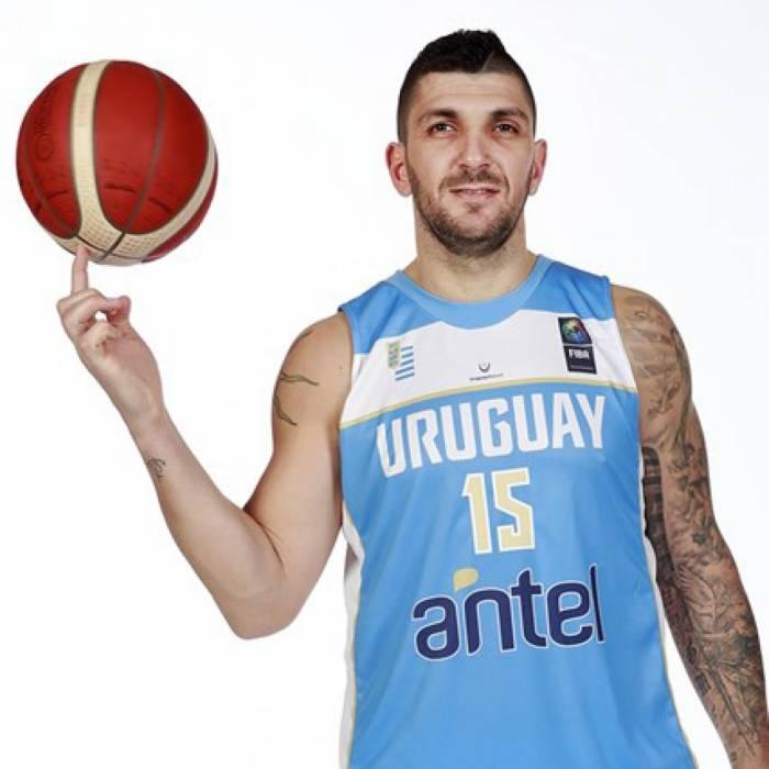 Foto di Esteban Batista, stagione 2021-2022