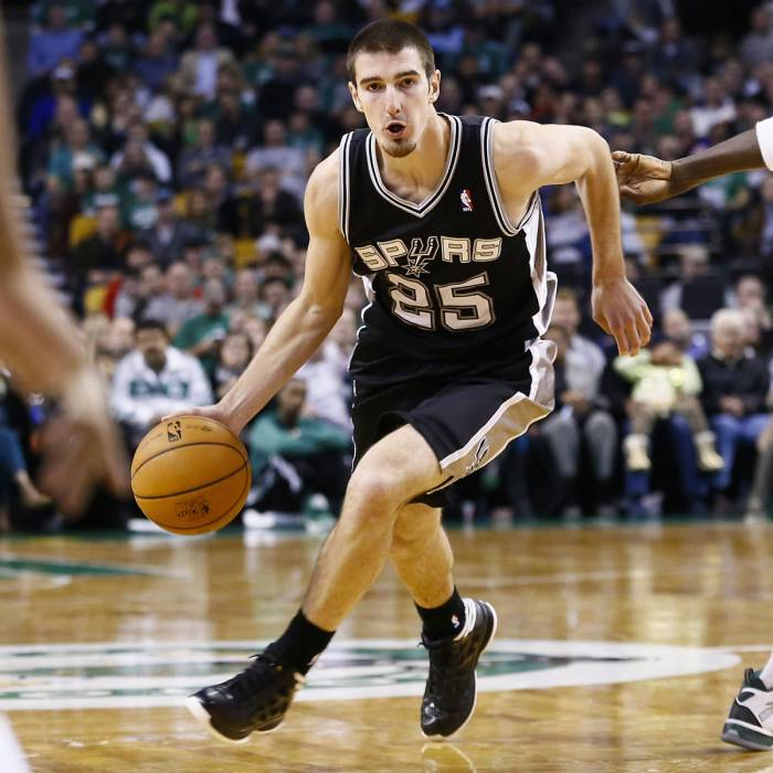 Photo of Nando De Colo, 2012-2013 season