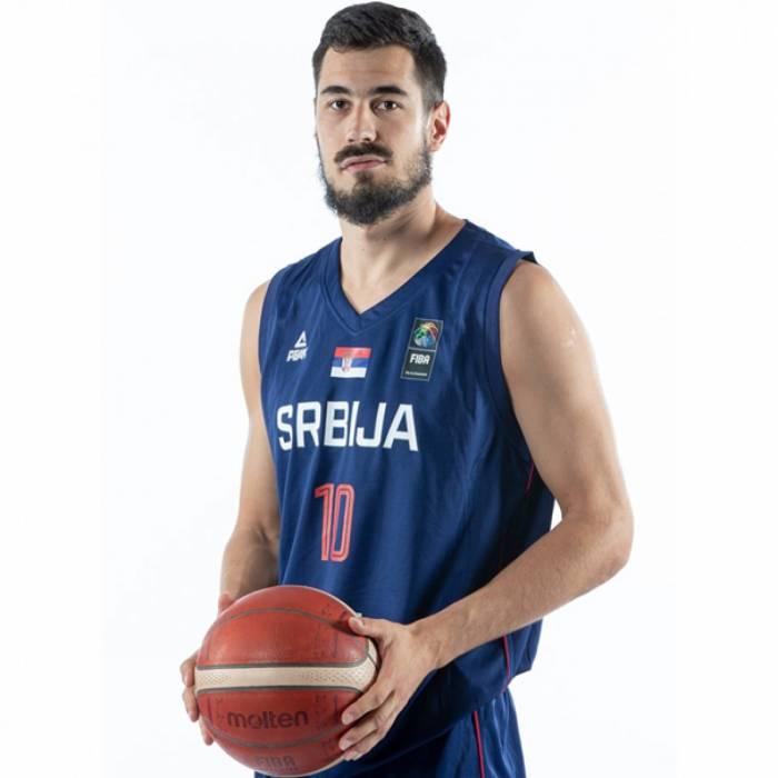 Photo de Nikola Kalinic, saison 2021-2022