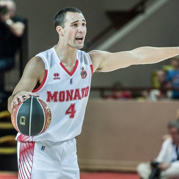 Photo of Aaron Craft, 2017-2018 season