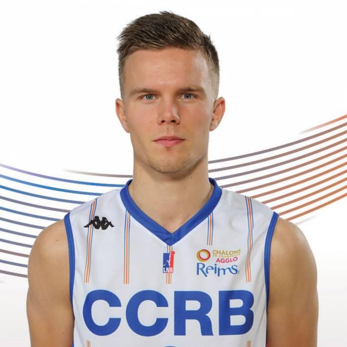 Photo of Martin Hermannsson, 2017-2018 season