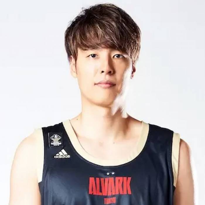 Photo of Joji Takeuchi, 2019-2020 season
