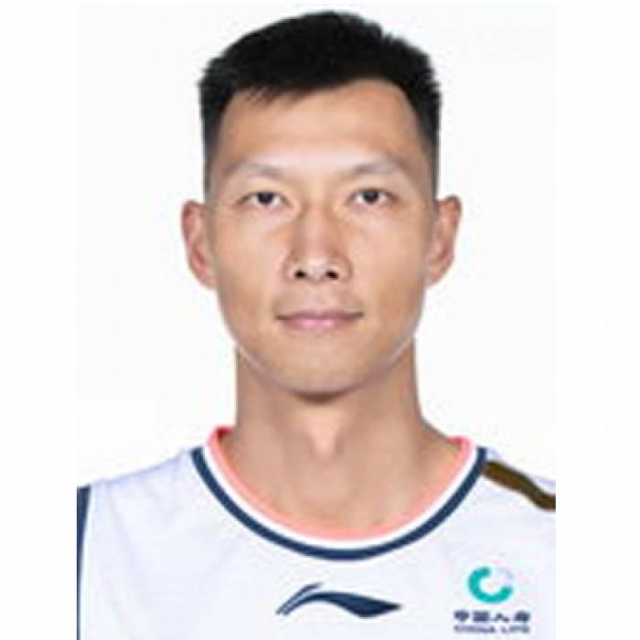 Photo of Yi Jianlian, 2019-2020 season