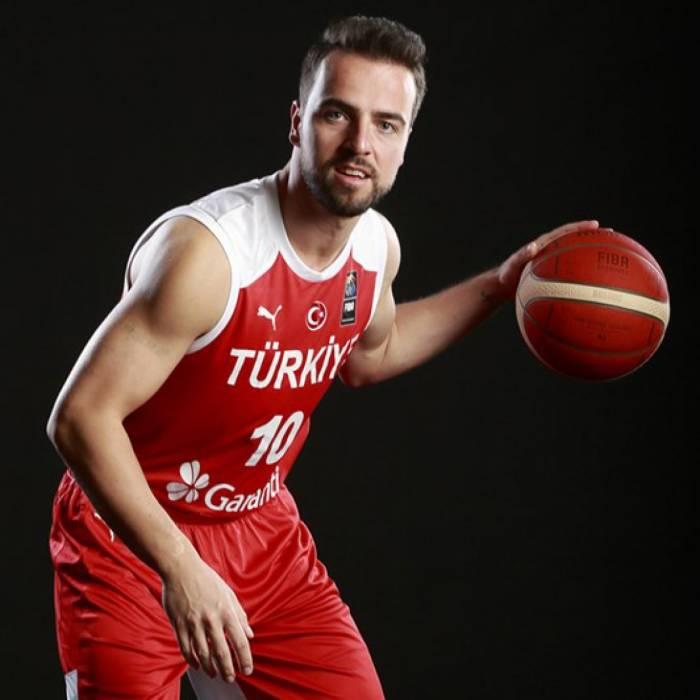 Foto de Melih Mahmutoglu, temporada 2021-2022