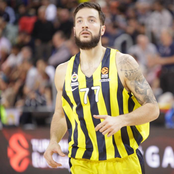Photo of Joffrey Lauvergne, 2018-2019 season