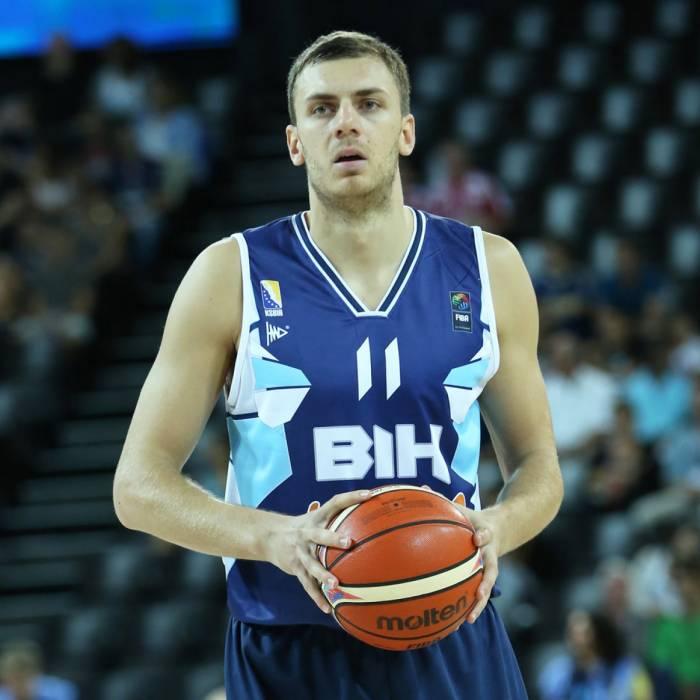 Photo de Elmedin Kikanovic, saison 2015-2016