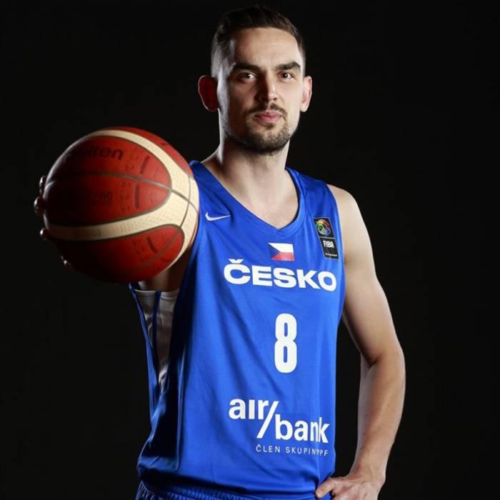 Photo de Tomas Satoransky, saison 2021-2022