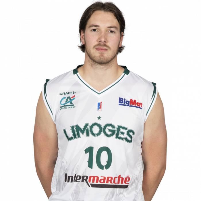 Photo of Hugo Invernizzi, 2020-2021 season