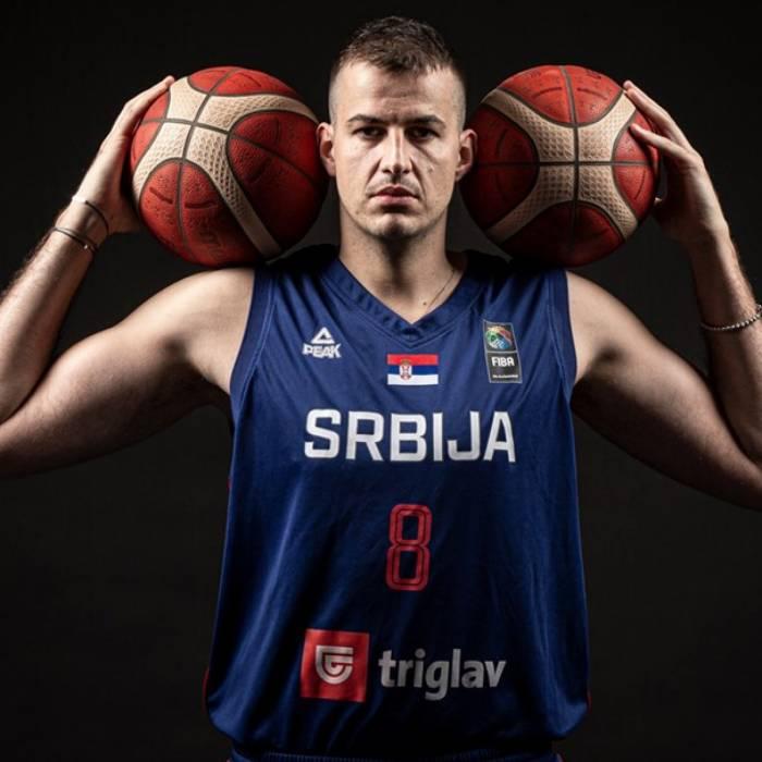 Foto di Nemanja Bjelica, stagione 2021-2022