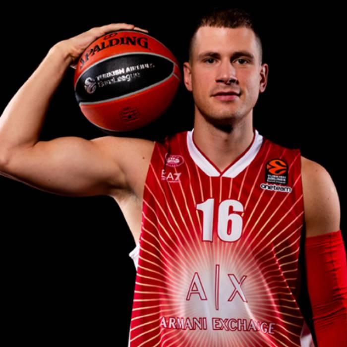 Photo of Nemanja Nedovic, 2019-2020 season