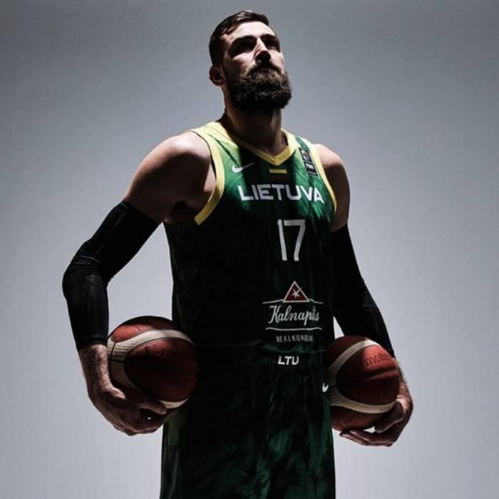 Photo of Jonas Valanciunas, 2021-2022 season