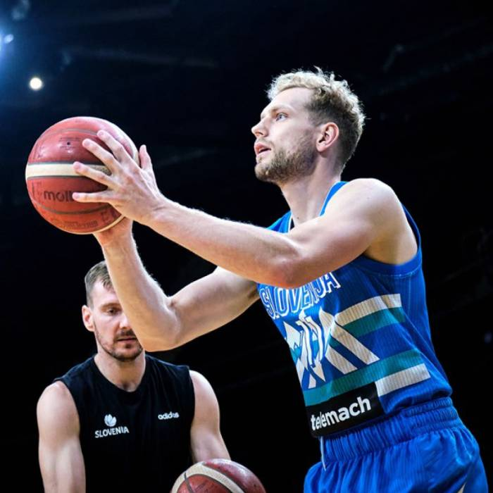 Photo of Jaka Blazic, 2021-2022 season