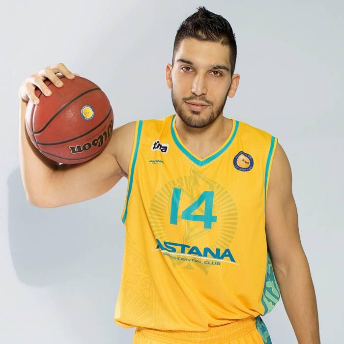 Photo of Leonidas Kaselakis, 2016-2017 season