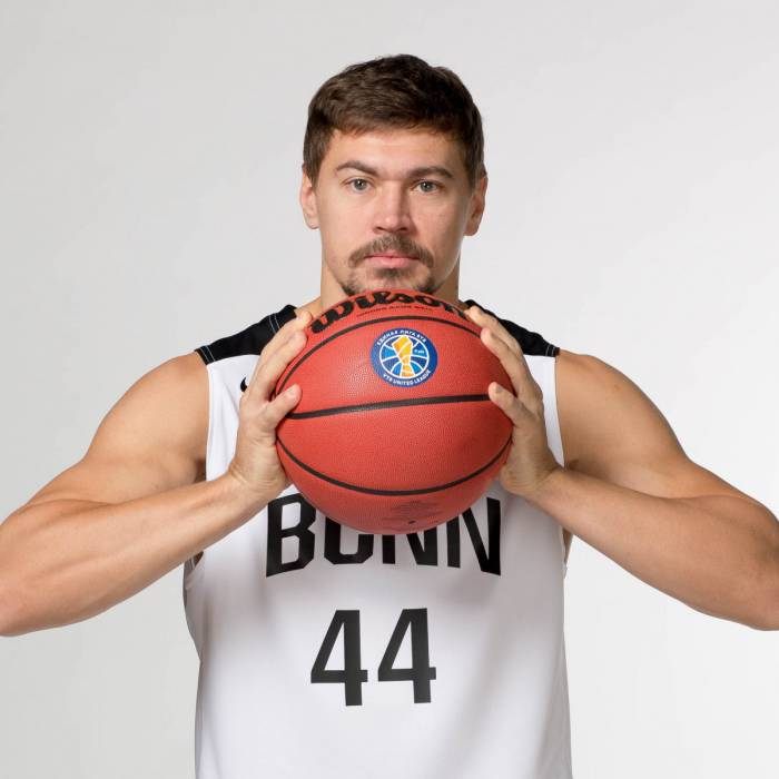 Photo de Evgeni Baburin, saison 2018-2019
