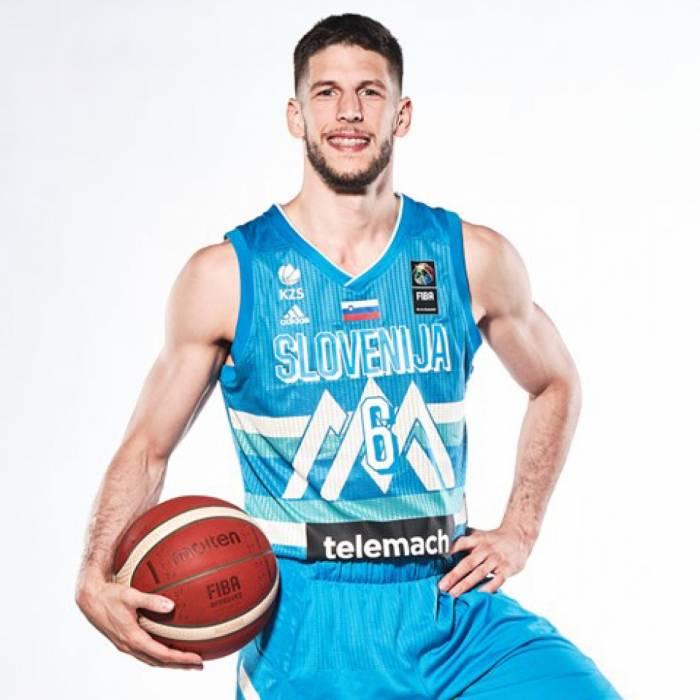 Photo of Aleksej Nikolic, 2021-2022 season