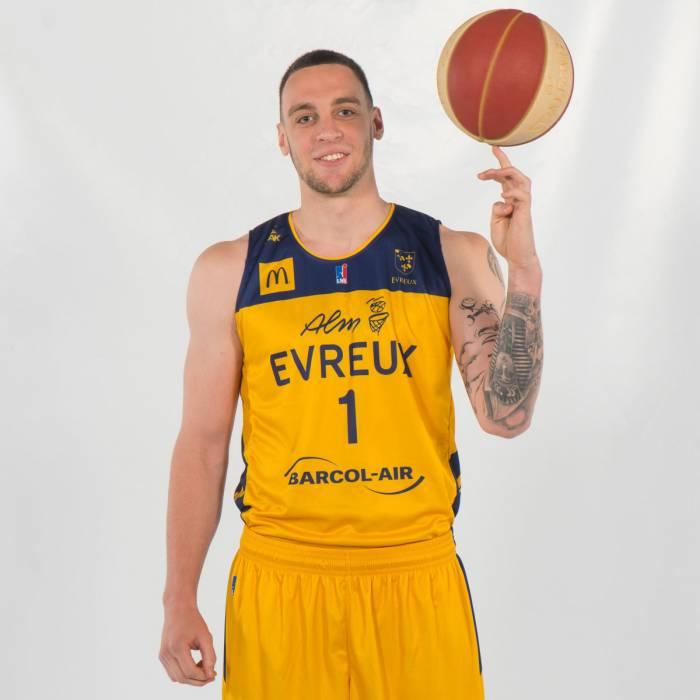 Photo of Antoine Wallez, 2019-2020 season