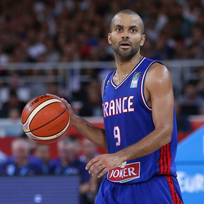 Photo of Tony Parker, 2015-2016 season