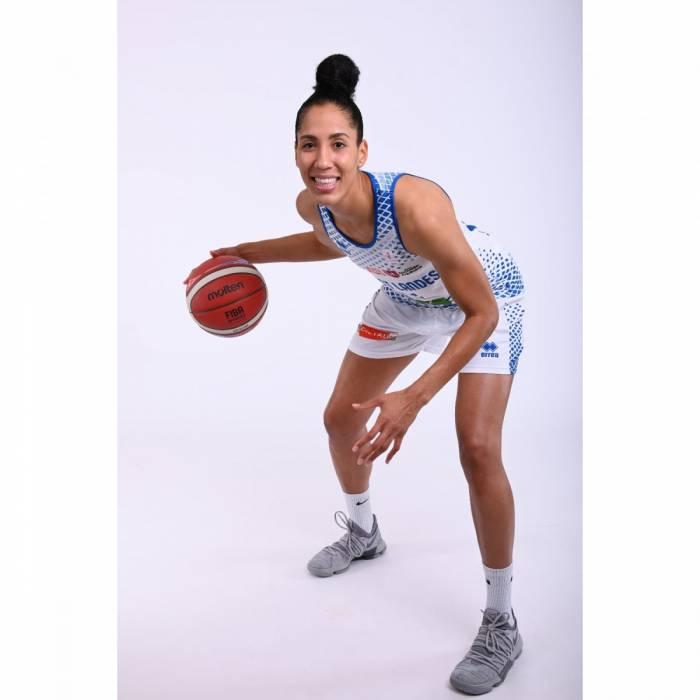 Foto de Miranda Ayim, temporada 2020-2021
