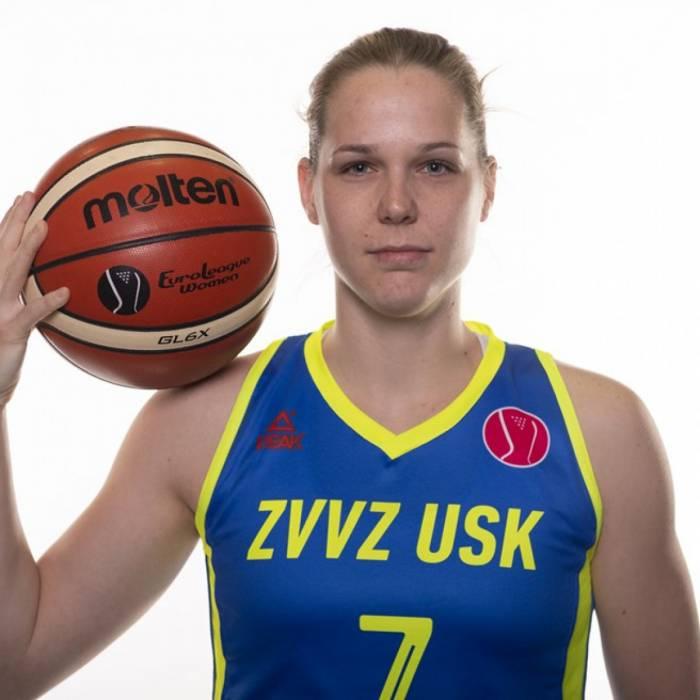 Photo of Alena Hanusova, 2018-2019 season