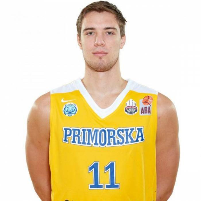 Photo of Jan Kosi, 2018-2019 season