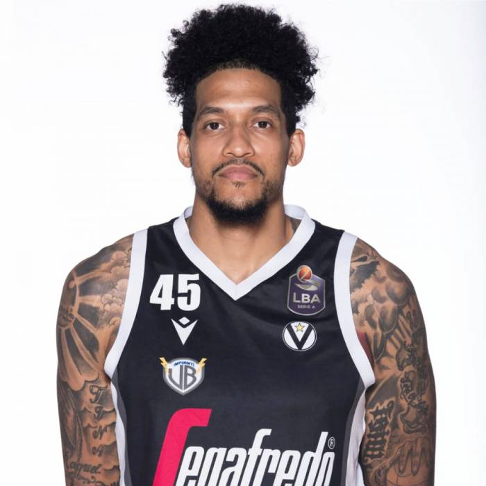 Photo de Julian Gamble, saison 2019-2020