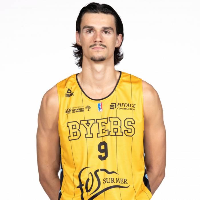 Photo of Lucas Hergott, 2019-2020 season