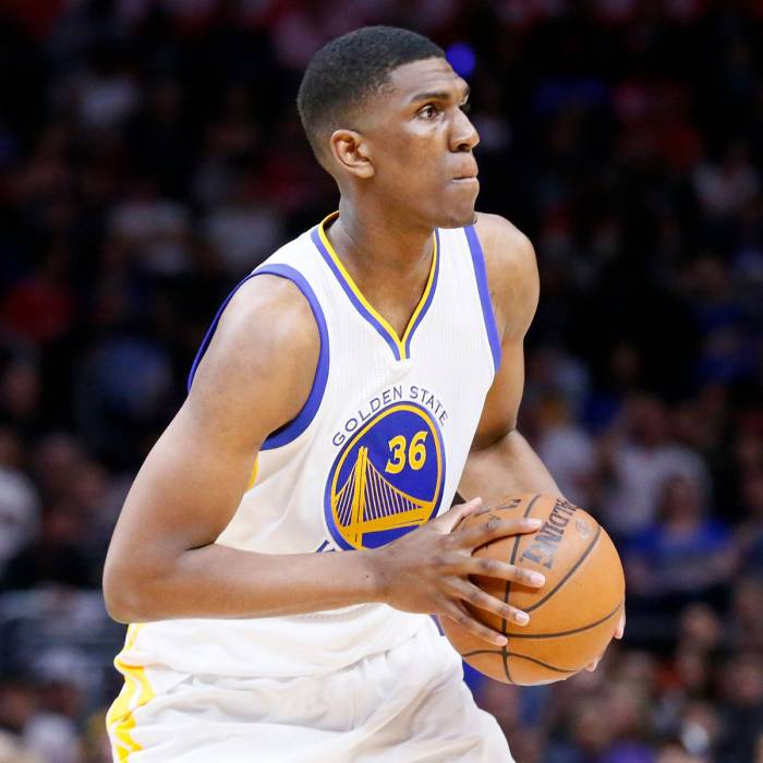 Photo of Kevon Looney, 2015-2016 season