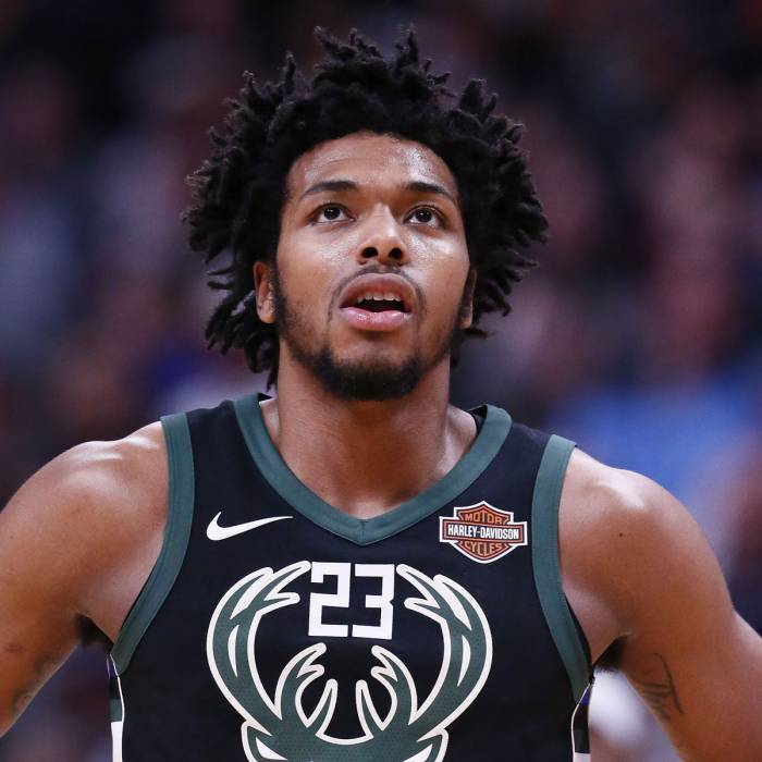 Photo of Sterling Brown, 2017-2018 season