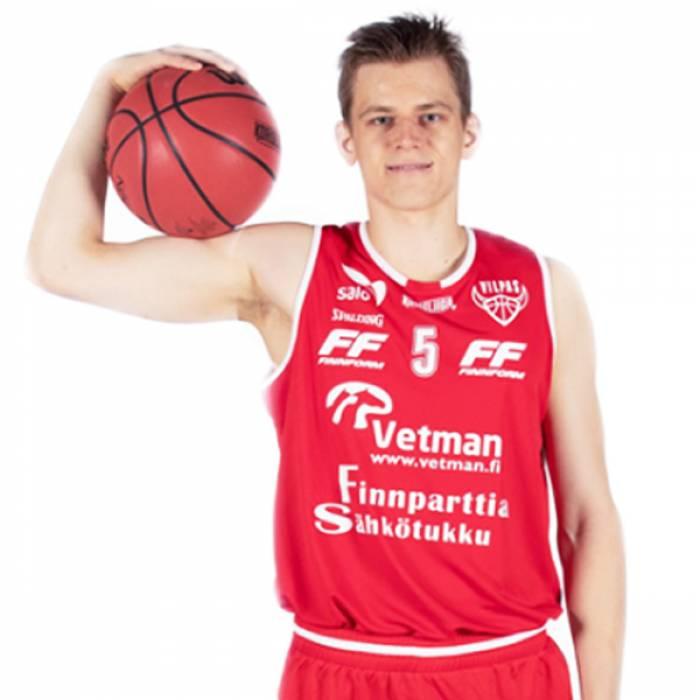 Photo of Henri Kantonen, 2019-2020 season
