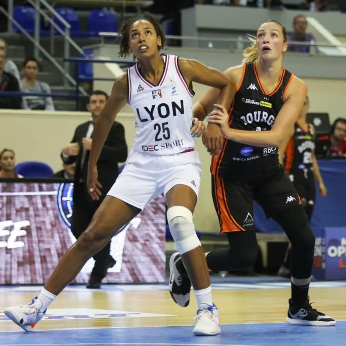 Photo of Marieme Badiane, 2019-2020 season