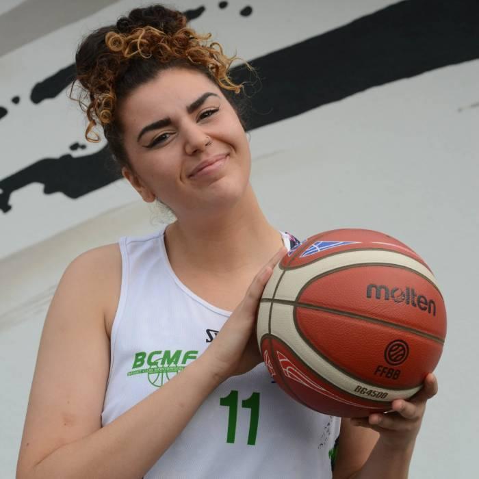 Photo of Sirine Mehadji, 2021-2022 season