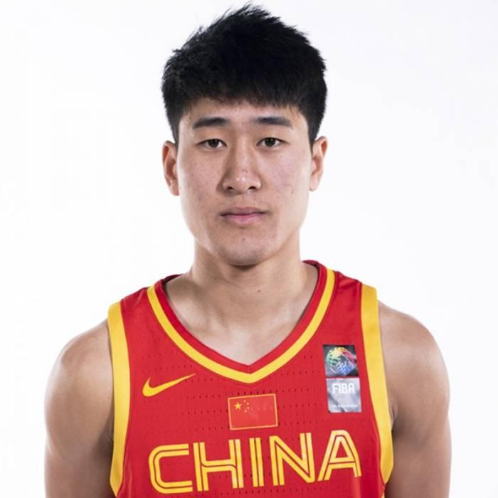 Photo of Weize Jiang, 2018-2019 season
